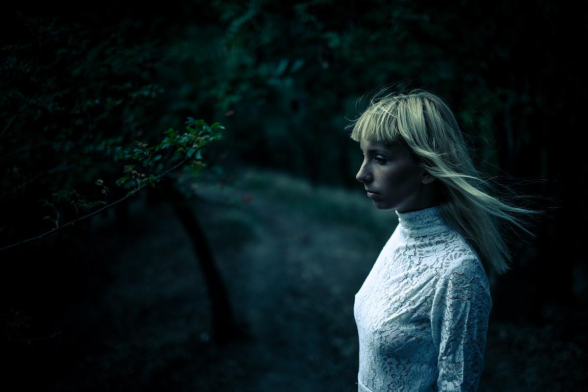 Zatoulaná Bára v lese | © Jsem Jary